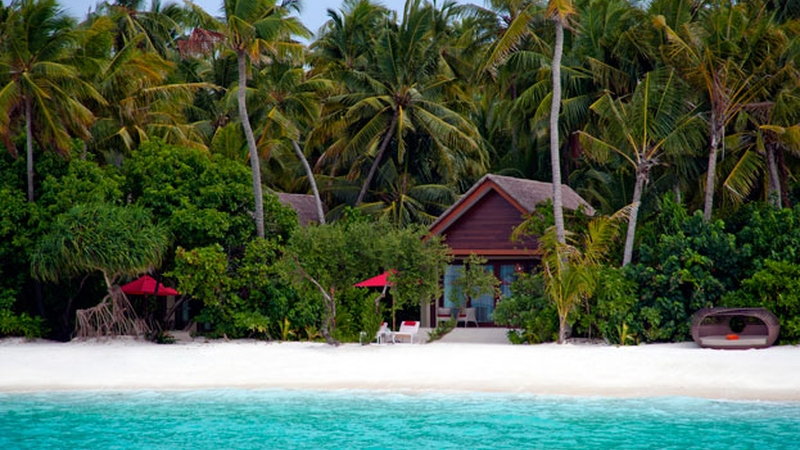niyama-maldives-Beach-Studios-from-Sea_revd-2
