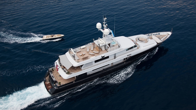 Mariu-yacht-charter