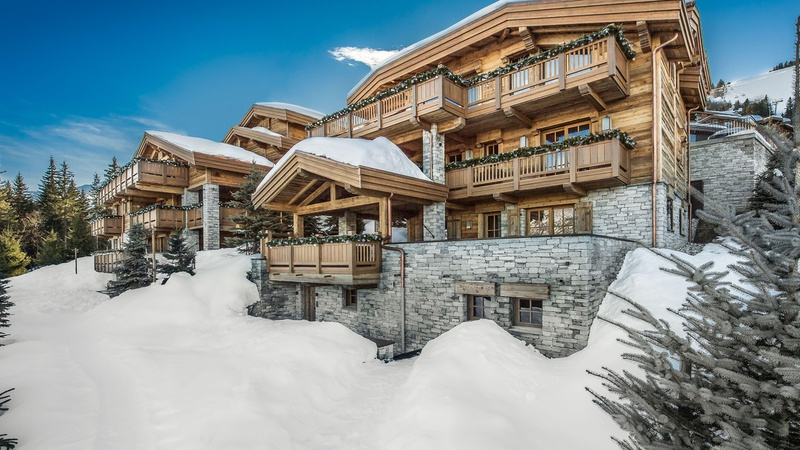 COURCHEVEL LUXURY CHALET BASTIDONS
