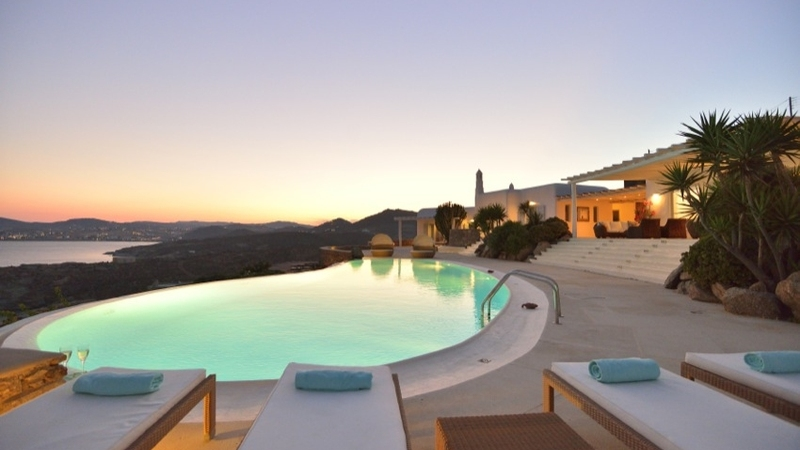 Incredible Infinity Pools - Villa Spiritos
