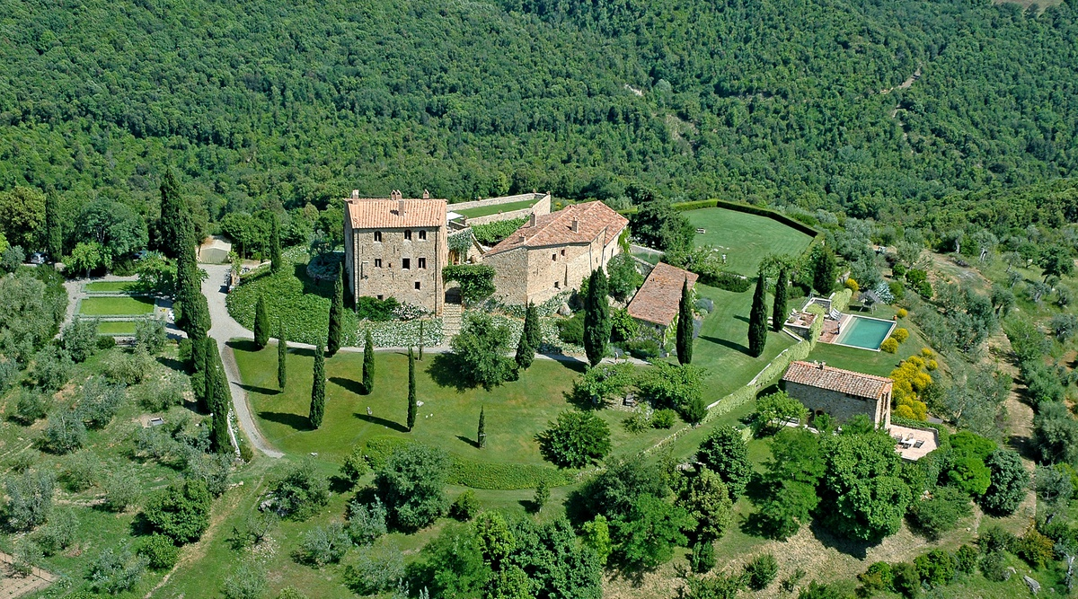 Castello di Vicarello | Luxury Villa in Tuscany | Edge Retreats