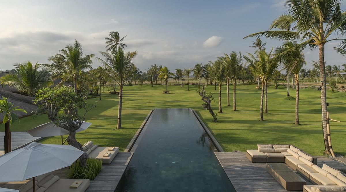 Kaba Kaba Estate - Semi-aerial of pool