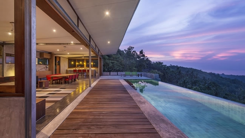 Incredible Infinity Pools - The Naked House