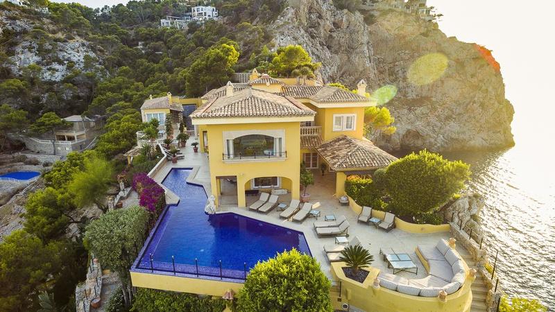 YELLOW CASTLE - Majorca, Spain