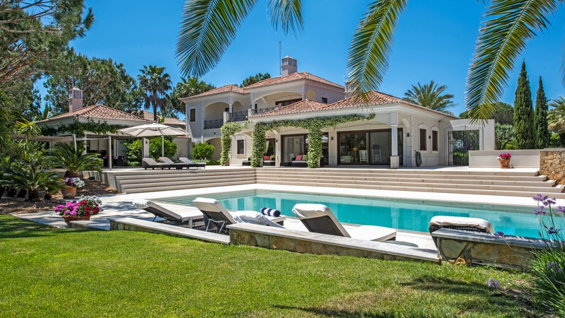 ALGARVE LUXURY VILLA JET