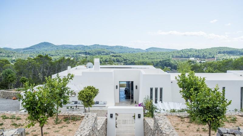 Villa Can Carina